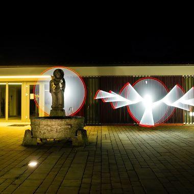 Pfarrheim ins rechte Licht gerückt - Heinz Hornik